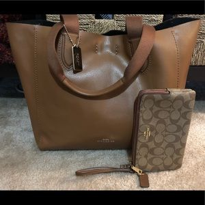 Coach Large Derby Tote F59818 Pebble Leather SET